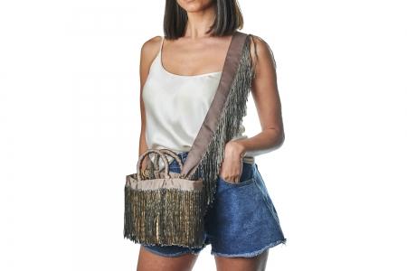 LA NUDA in Dove Grey with shoulder strap